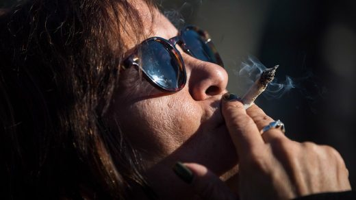 Here's how much cannabis costs across Canada - National | Globalnews.ca