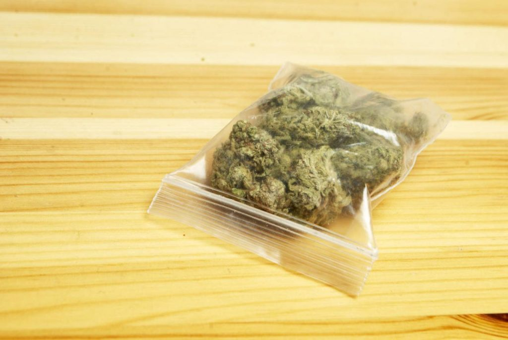 How Much Is A Dime of Weed? + Dub Sacks and Nickel Bags