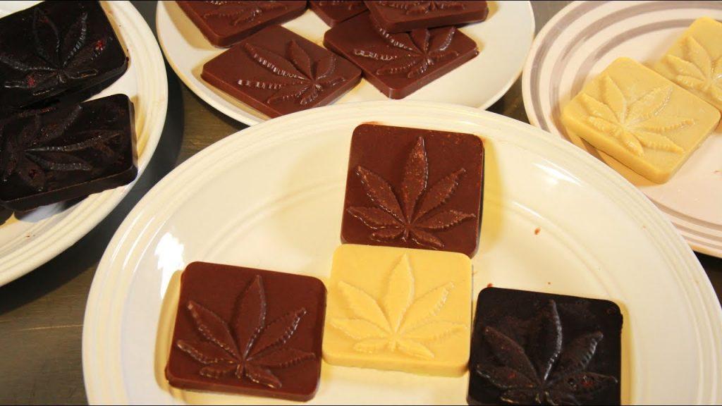 An Easy + Healthy Cannabis Chocolate Recipe (Vegan, Paleo, Keto-Friendly)